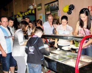Feijoada do Lar Padilha reuniu cerca de 650 pessoas