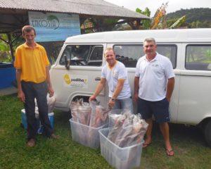 Lar Padilha recebe doação de peixes