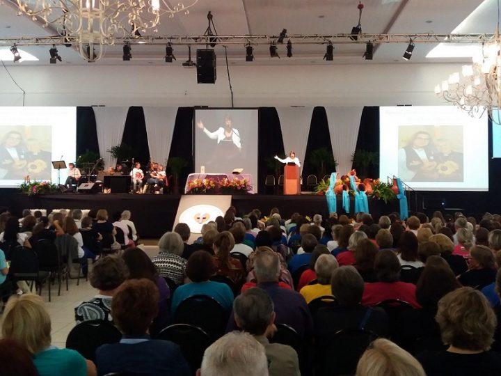 Mulheres Luteranas celebram 500 anos da Reforma e divulgam nota contra reforma da Previdência