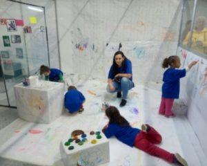Crianças de 0 a 3 anos participam de feira de iniciação científica