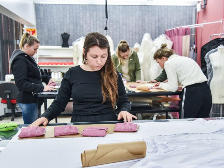 Acadêmicas de Moda desenvolvem moldes práticos para Abefi
